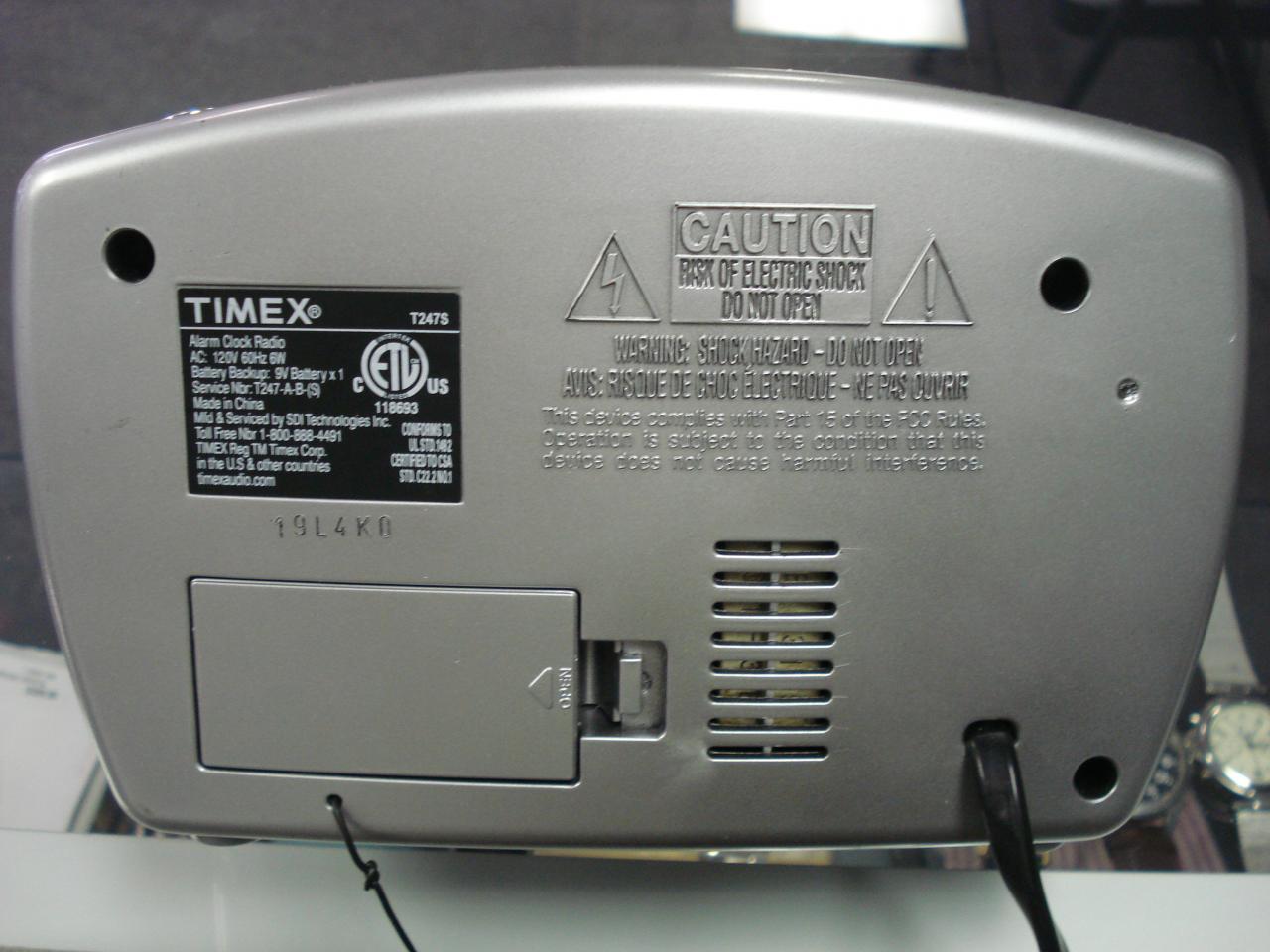 timex retro digital am fm alarm clock radio model t247s battery backup images hosted at. Black Bedroom Furniture Sets. Home Design Ideas