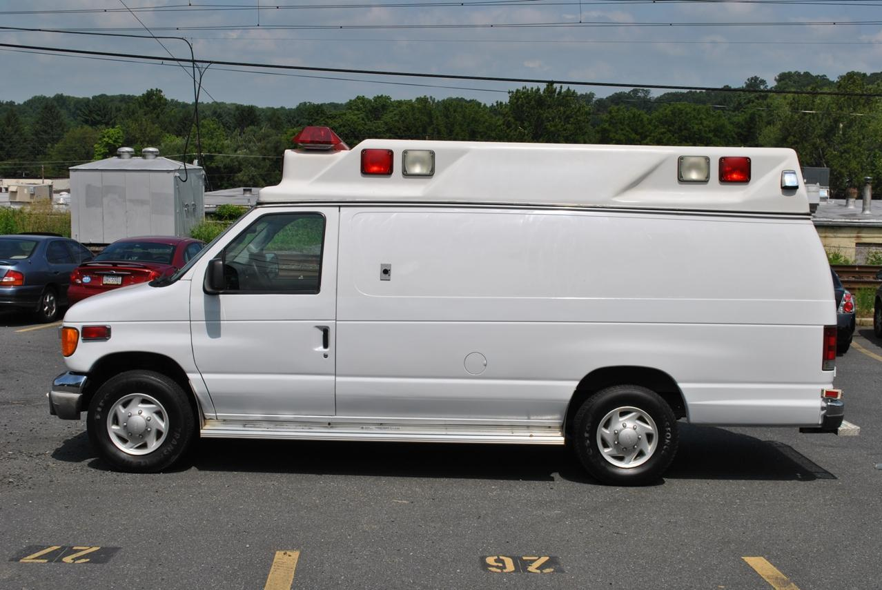 2006 Ford E350 Type Ii Ambulance By Aev Images Hosted At