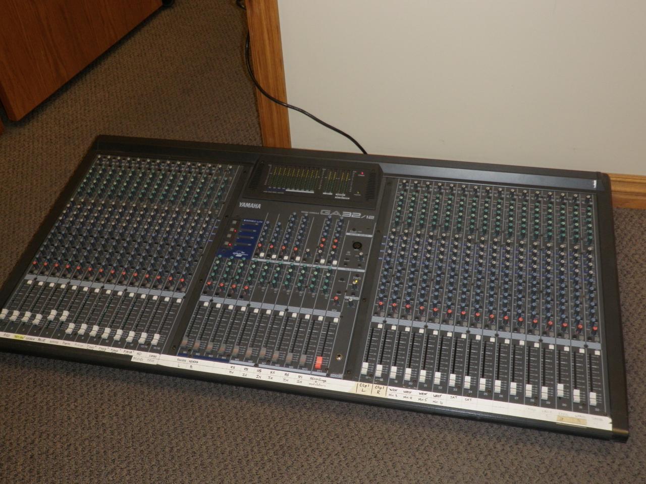 Yamaha ga32 12 audio mixing console images hosted at for Yamaha sound console