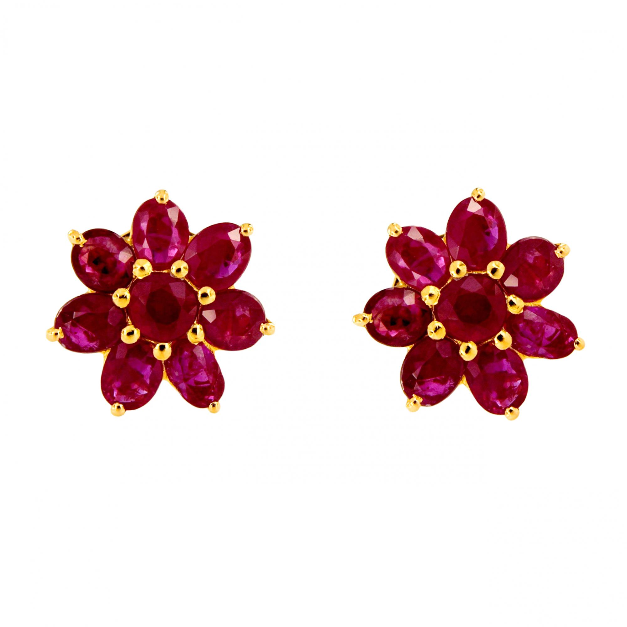 Flower Natural Rubies Earrings In Yellow Gold