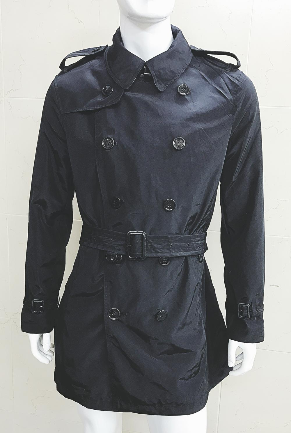 New men 39 s burberry brit double breasted rain proof trench for Polo shirt with jacket