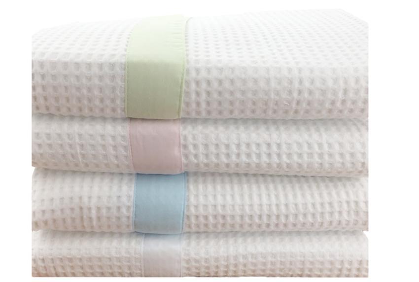 Kidz Kiss 100/% Cotton Reversible Cot Waffle Blanket Pink